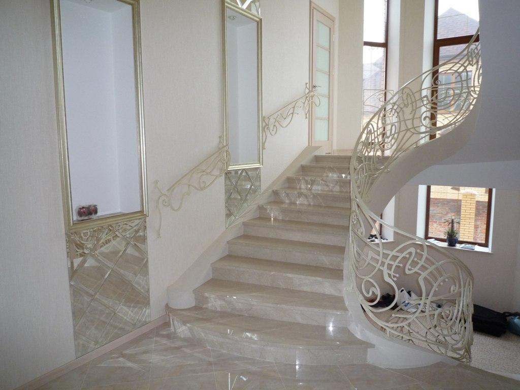 Мрамор на лестницу фото