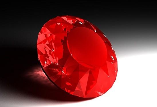 Рубин камень в золоте